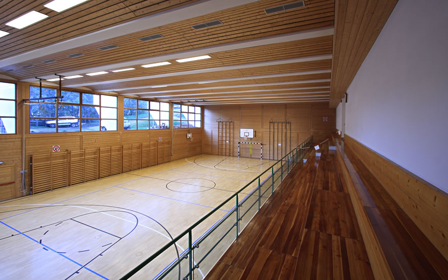 Turnhalle Pranives